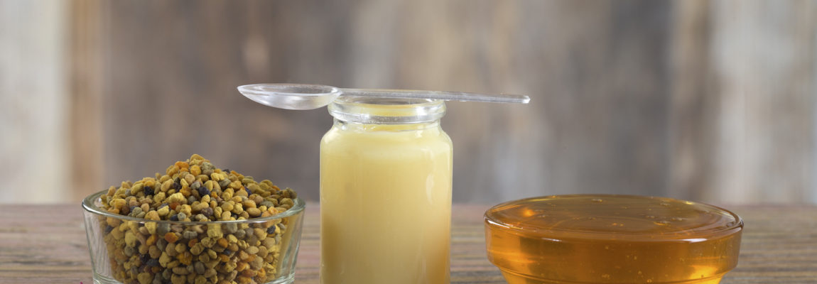 9 Health Benefits of Royal Jelly: a Remedy for Aging, PMS, Allergies and More